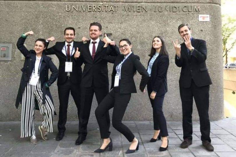 Rezultat slika za Pravnici iz Zenice treći na svijetu u trgovačkoj arbitraži, iza sebe ostavili Cambridge